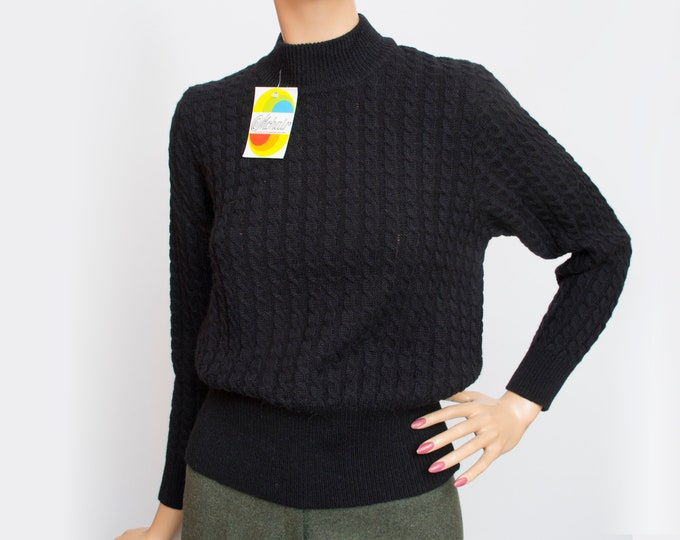 Vintage cable knit black sweater deadstock