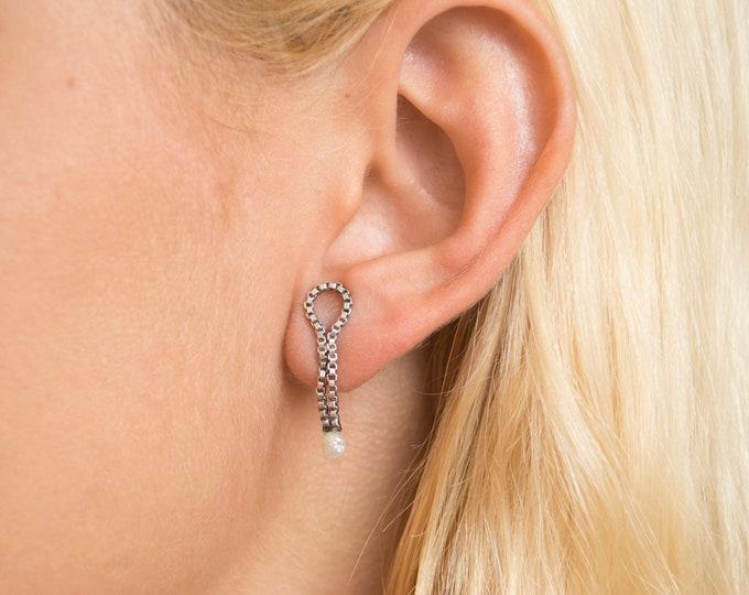 Vintage earings silver deadstock faux pearl