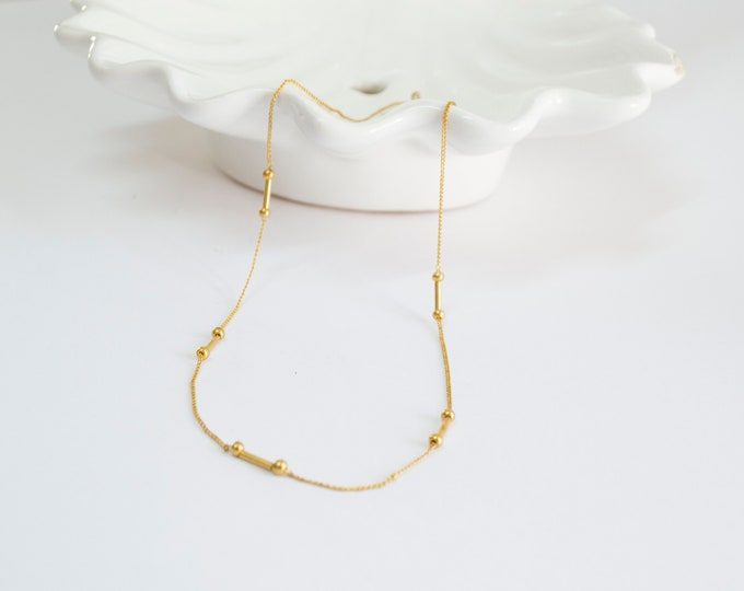 Vintage necklace golden chain with golden beads