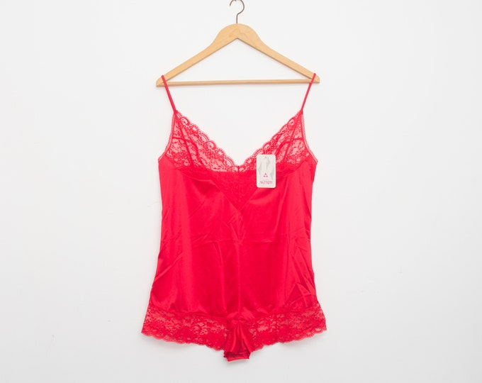 Red teddy lace dead stock Vintage size