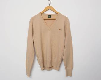 Sweater NOS vintage beige Vneck sweater