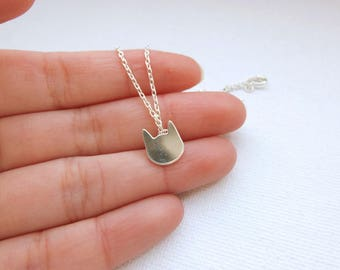 Sterling silver necklace with silver plated cat - Meow