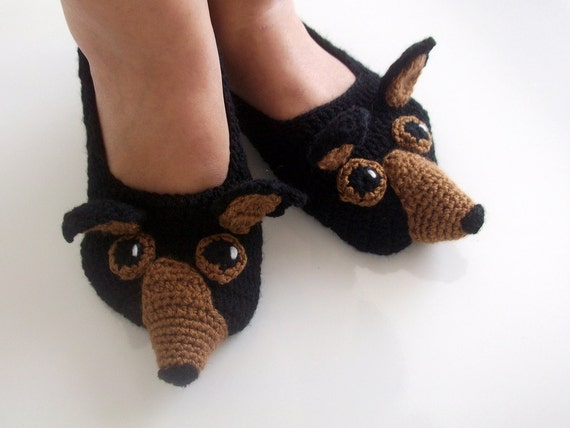 Crochet chihuahua slippers-brown and