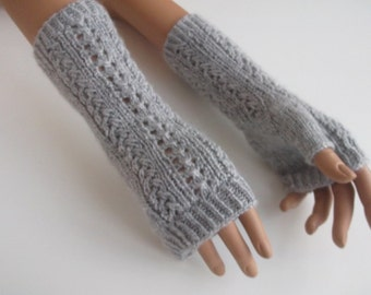 Light Gray Fingerless Gloves//Cable Knit Fingerless Gloves// Fall Fashion Accessories