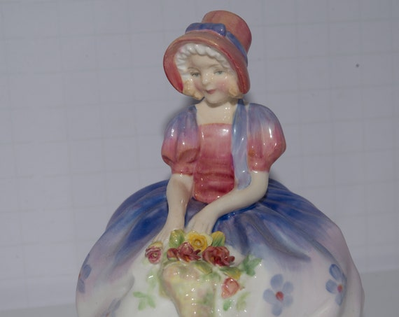 Royal Doulton figurine Monica HN1467 Monica Painted Artist Signed ( circa 1945) BG Royal Doulton Figurine