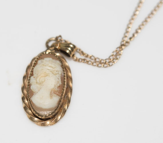 Vintage 1940s Cameo 1/20 gold Filled Childrens Child's necklace delicate old piece