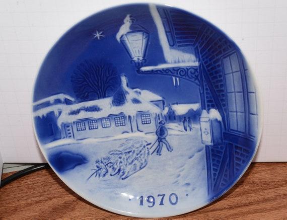 Hans Christian Anderson House 1970 Copenhagen Plate Sven Jensen 7 inch  Christmas Plate Blue and White copenhagen