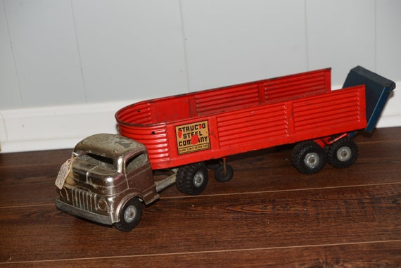 Structo Brigh Red Steel Company 1940s Lift Gate Trailer Truck Vintage Solid Steel Toys Shelf Sitter