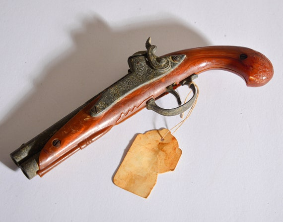Hubley Cap Gun Flintlock  Vintage Cap gun toy gun plastic and metal Pirate Style