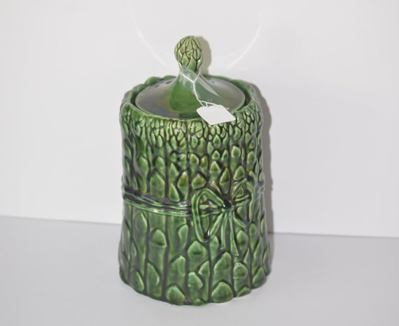 McCoy Green Asparagus Cookie Jar 1970s Pottery Cookie Jar Fruit And Vegetable French Provincial