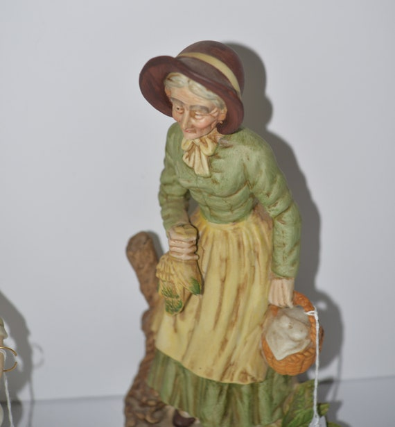 Vintage bisque Figurine Farmer Woman with wheat and Basket Homco , Napco similar 1970s 12 inches