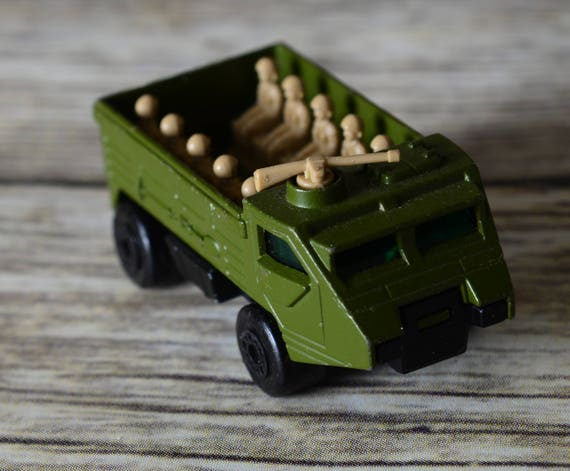 MATCHBOX Lesney Vintage Superfast No.54 PERSONNEL CARRIER Military Die Cast Army Toy vintage Matchbox numerb 54 complete