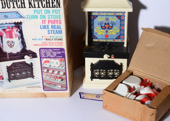 1969 Remco Little Dutch Kitchen Mint in Box Unplayed with Toy Complete Set