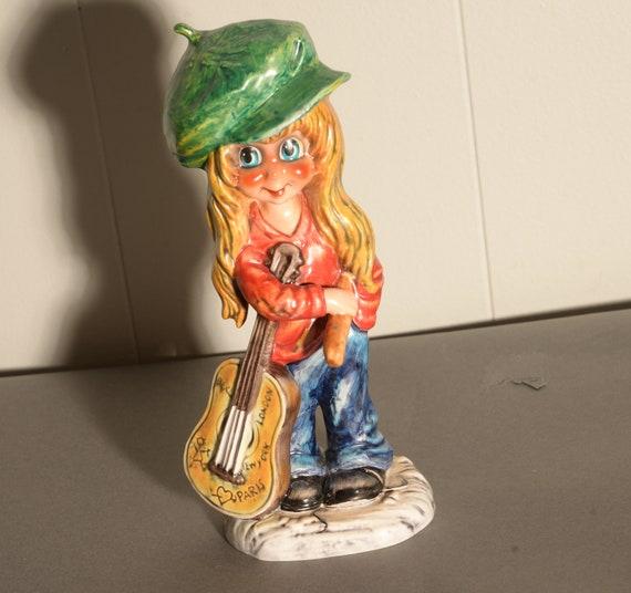 Goebel Michel T (Thomas) Figurine 1971 Guitar Playing Girl hippie Children of Paris Big Eyes French Artist Les Petits Mic 12