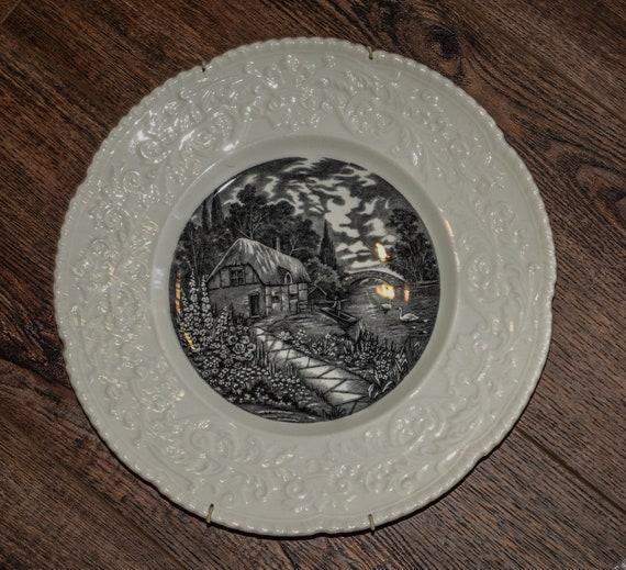 "Royal Cauldon Thames Boat House Black and White Transferware Decorative 11"" inch plate Beautiful Historic Scenes of England Monochromatic"