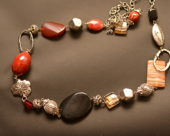 Gemstone polished Stone and silver tone eclectic Vintage Necklace, amber,black, warm tones