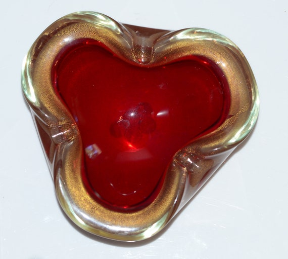 Cigar Ashtray Bright Red Clover Leaf Murano Art Glass Heavy Mid Century Beauty Gold and Red pinched Sides
