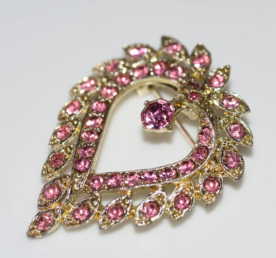 Heart Shaped Pink Rhinestone Pin Great Mothers Day gift Ships free in US