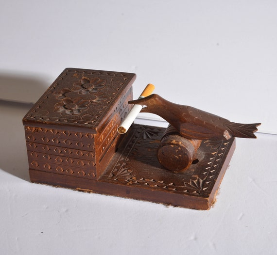 Mechanical Cigarette storageBox Vintage wood Bird Picks up cigarette Folk Art hand made