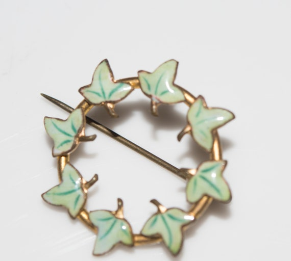 Victorian Era C Clasp ivy Enamel Ivy Brooch or Pin  Ivy Leaves