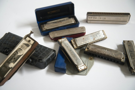 Lot of 8 Hohner Harmonicas Chromonica Blues Band Hot Metal, and more Vintage Musical grab bag of Mouth Harps Free shipping