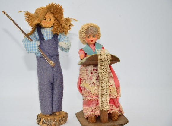 2 american Folk Art Dolls, one Corn cob doll, Tatting Lace making Doll  Vintage Souvenir Dolls
