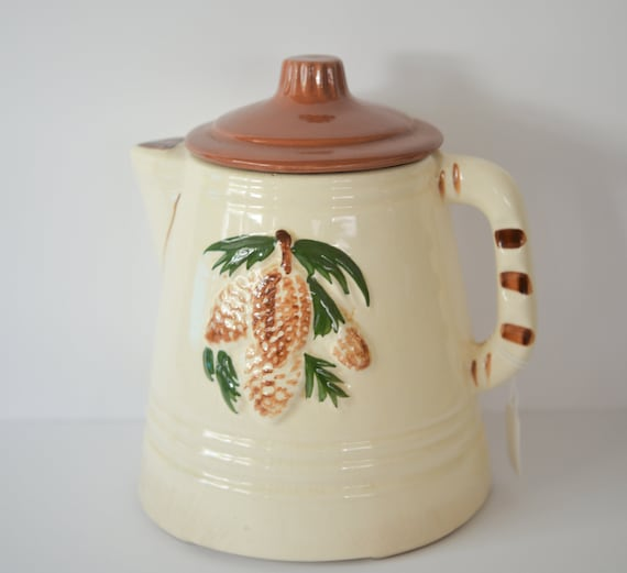 McCoy or American Bisque  Pine Cone USA  Kettle Cookie Jar 1950s Original  Country Kettle cookie Jar with Pine Cone Motif and striped handle