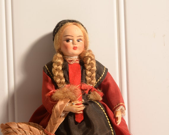 International Collector Doll Swiss Valley with braids and basket of felt flowers, cloth face , Lenci style  Traditional costume Switzerland