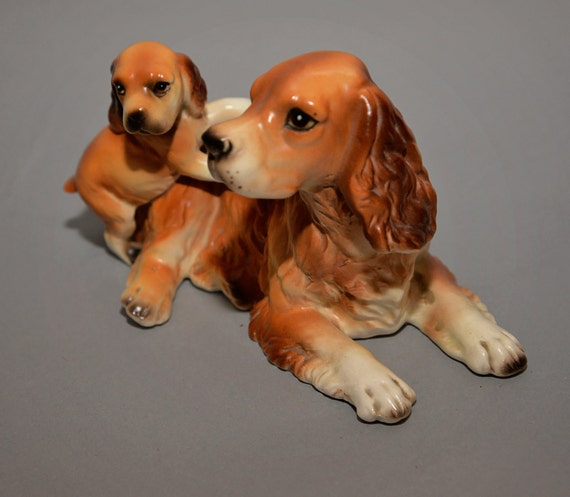 Spaniel dog with Puppy Figurine Bone China  Figurine 1950s Made in Japan