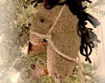 Primitive Christmas Pony Stick Horse Ornament -  instant download e-pattern, Primitive Patterns