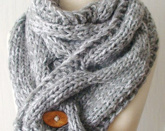 Grey Chunky Scarf / Cowl Thick warm Cabled Knit