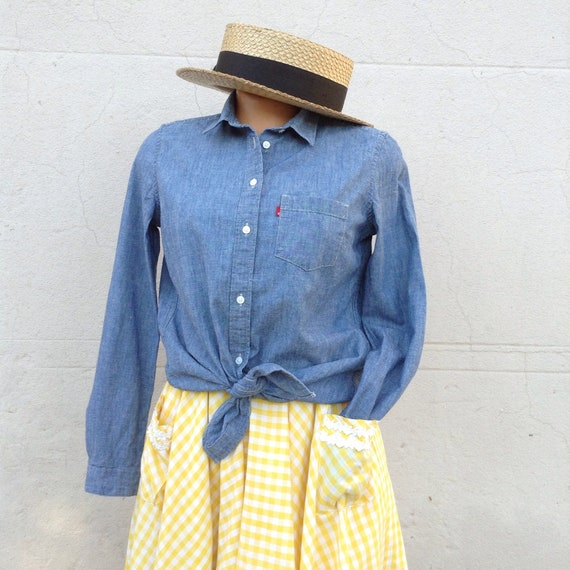 Vintage LEVIS Denim Shirt / Chambray Small