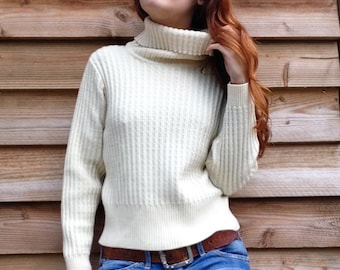 Cableknit sweater ivory pure wool cropped turtleneck S