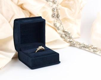 Luxury Navy Blue Velvet Ring Box, Velvet Engagement Ring Box, Wedding Ring Box, Proposal Ring Box, Luxury Engagement Ring Box, The CHELSEA
