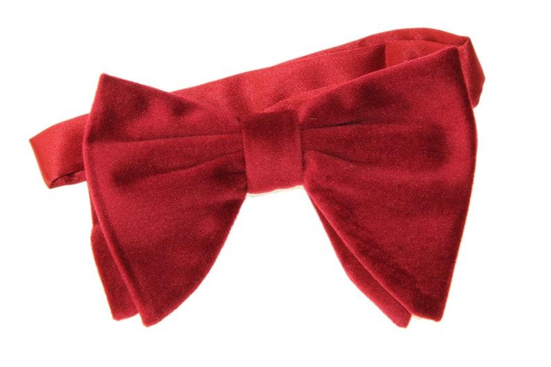 "Men/'s Pre-Tied Satin Bow Tie Adjustable up to 18/"" Collar Dark Red on Black"