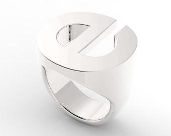 Signet Monogram Helvetica Letter E Sterling Silver Alphabet Ring