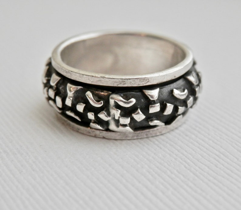 ba99c415058c4 Sterling Silver Band Silver Spinner Ring Vintage Jewelry Size 7 Ring  Vintage Unisex Jewellery Wide Band Dark Oxidized Abstract Spinner 925