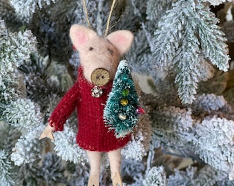 Pig with tree | Christmas Pig | Felted Wool Pig| Gifts under 15