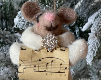 Sheet Music Mouse | Christmas Mouse | Felted Wool Mouse | Gifts under 15