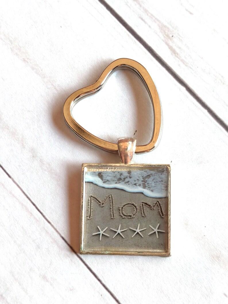 Mom Beach Key Chain Written in the Sand Love Starfish image 0