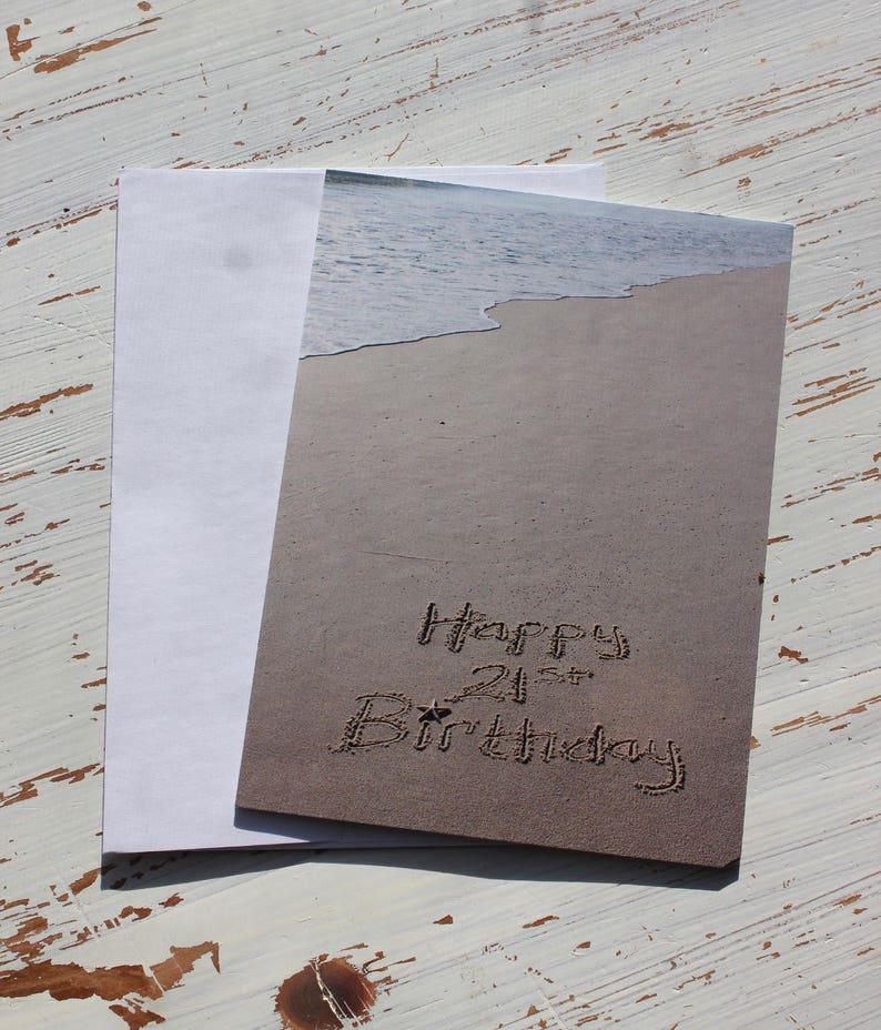 Joyeux Anniversaire 21 Plage Lécriture Lécriture Sable Carte Océan Plage Carte Photo