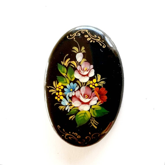 Russian Lacquer Brooch, Russian Lacquerware, Paint