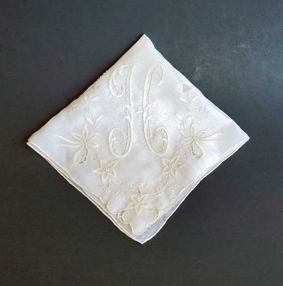 Early 20th Century linen hand embroidered napkin  handkerchief monogram /'H/' Wedding Bridal