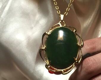 Pendentif de Jade   cabochon en pierre d'or chaîne de décoration vintage des années 70 Bijoux Collier breloque