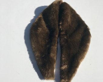 Étole en fourrure synthétique   90 s wrap de col fourrure élégant costume vintage vegan