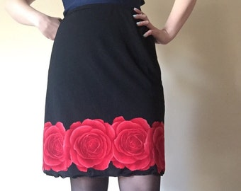 ROSE printed 90s vintage high waist elastic stretch black mini pencil skirt lightweight sublimation print cyber goth punk red and black M L