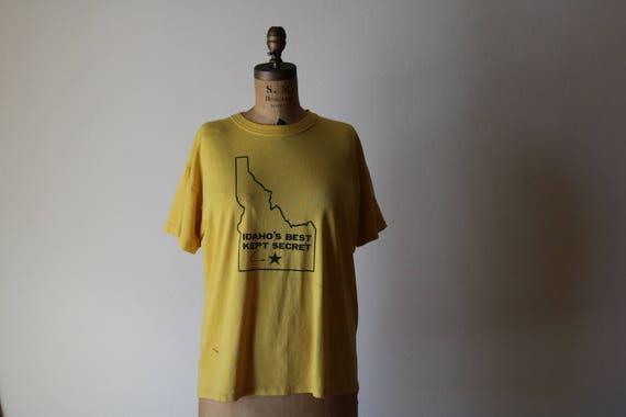 Worn IDAHO Tshirt | XL yellow 70s vintage retro ringer short sleeve UNISEX extra large L mens womens russell Magic Mountain ironic hipster