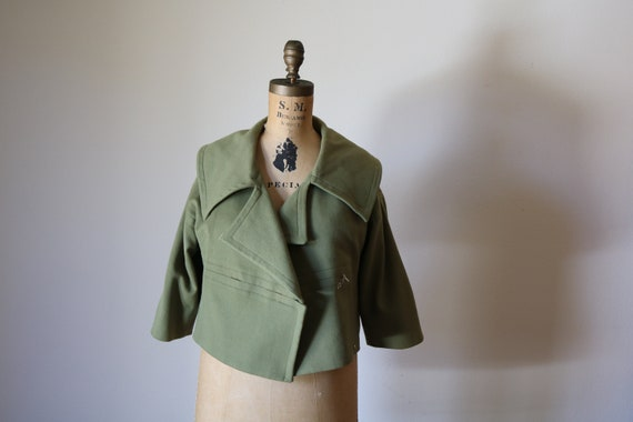 40s Olive Jacket   cropped 1940s vintage lapel short boxy small s medium m mid century vintage COAT womens retro green