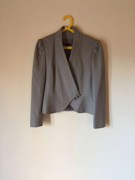 Gray Wool Blazer   light gray puff sleeve fold over deep v womens feminine cut office professional preppy pure wool blazer jacket coat small