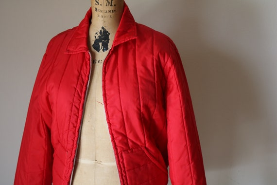 Quilted Bomber   70s vintage fire engine cherry red puffy unisex 1970s vintage retro disco jacket coat silver metal talon zipper xs s small